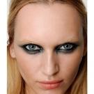 olho esfumado 01 Tendências em Maquiagem 2012