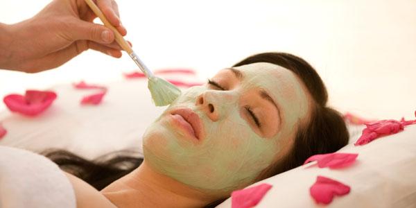 http://dicasmodafeminina.com/wp-content/uploads/2012/08/mascara-1.jpg