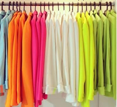 as blusas que você deve ter no guarda roupa