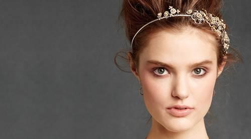tiara capa