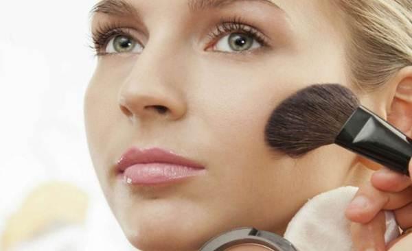 afinar o rosto com maquiagem