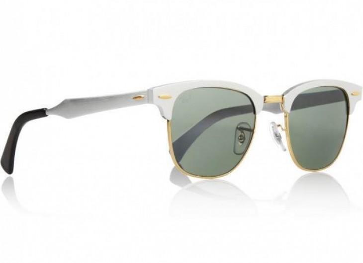 <p>Olha que feminino e estiloso estes óculos de sol Clubmaster da Ray Ban espelhados e com a armação branca. Simplesmente perfeito, meu desejo do momento!</p>