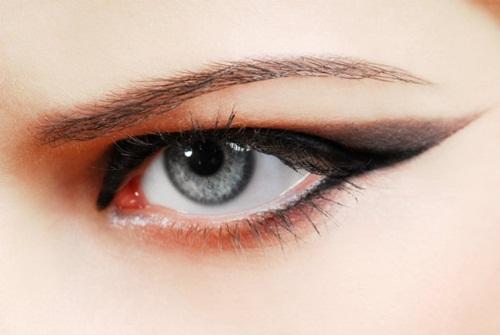 sombra de olhos 1