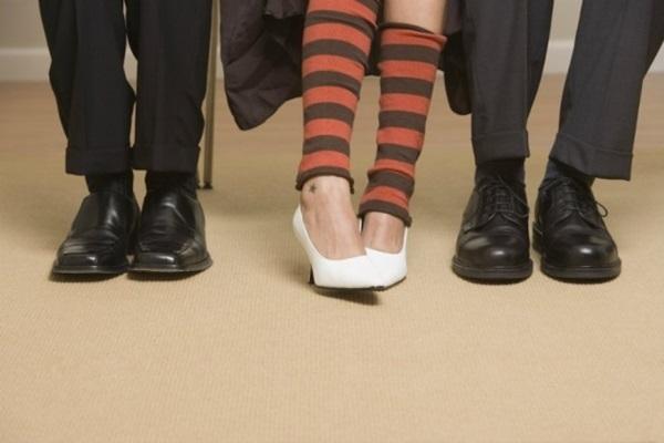 piores sapatos para entrevista de emprego