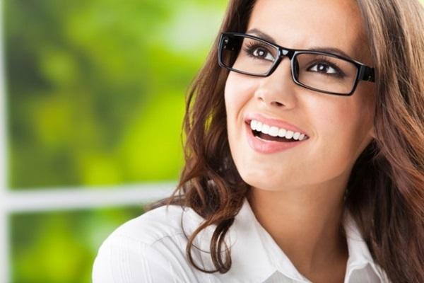 make para quem usa oculos